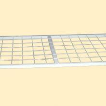 Для дачи кровати металлические престиж